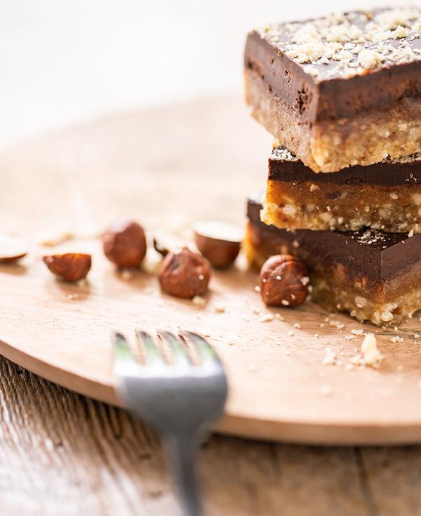 raw-cake-chocolat-caramel-ambiance